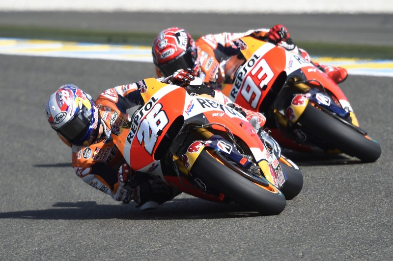 Pedrosa and Marquez in action - Le Mans 2015