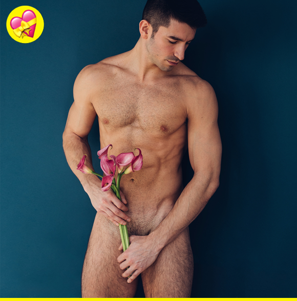 Ian's bangin' bod (and strategically placed bouquet of flowers) has got us v excited about V-Day.
