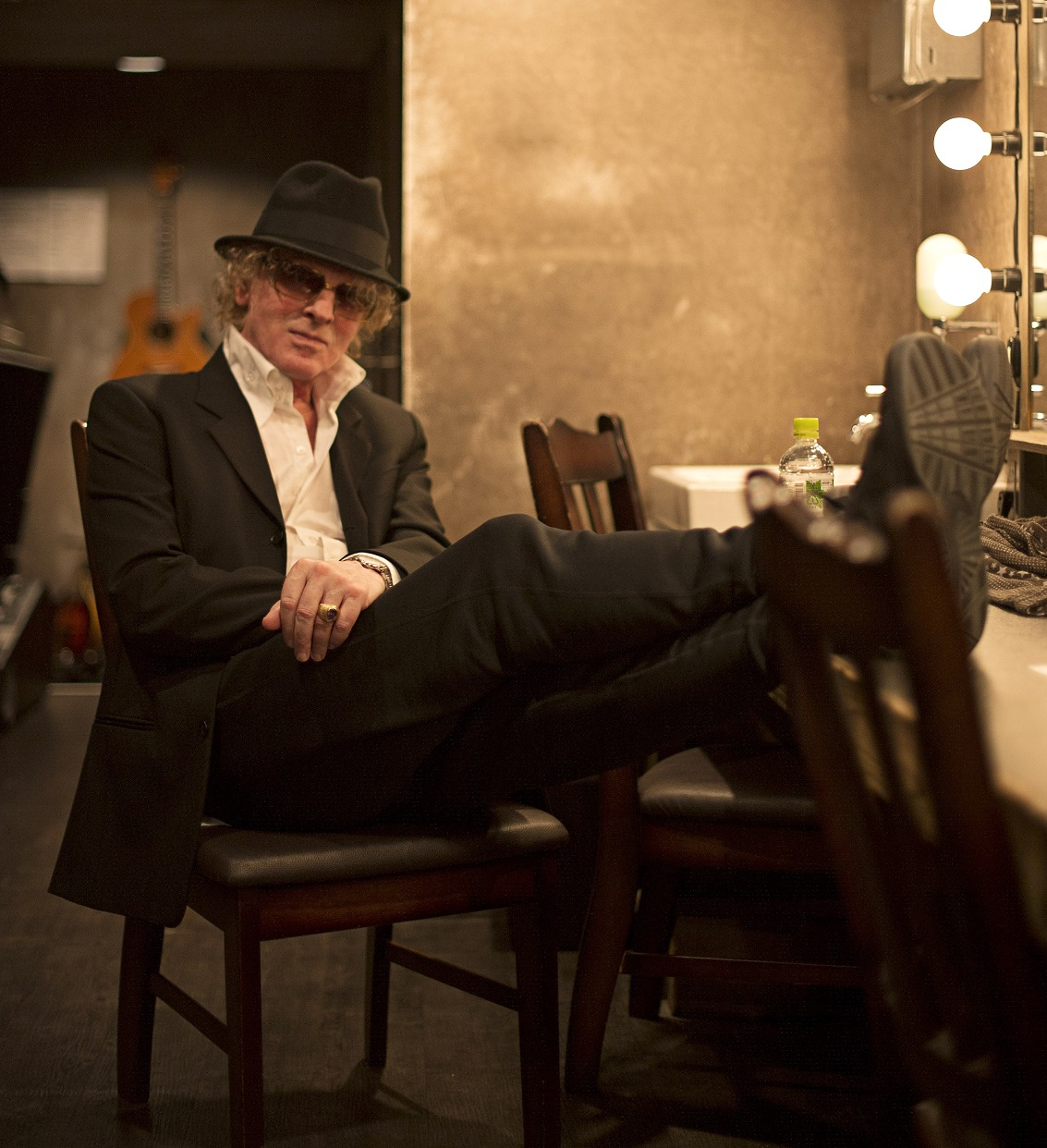 Ian Hunter to release new album also Listen to his new Bowie tribute song
